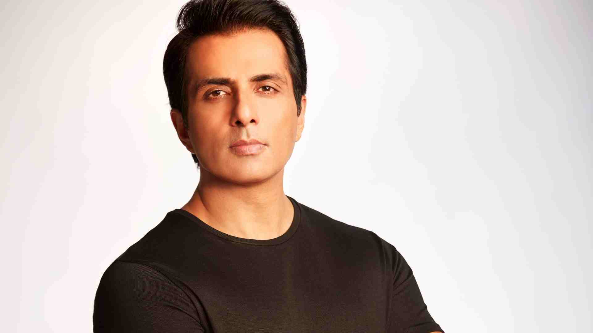 Sonu Sood joins hands with Spice Money to digitally empower 1 crore rural entrepreneurs - Exchange4media