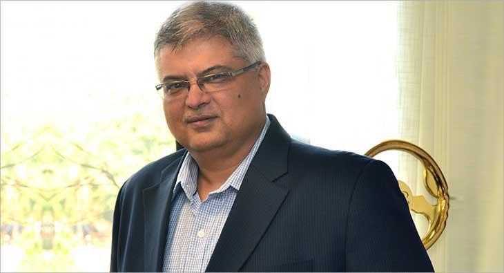 Vivek Nayer